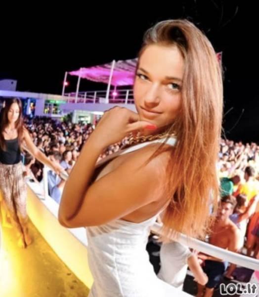 Karštos merginos Kroatijos paplūdimyje