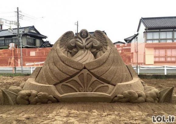 Įspūdingos skulptūros iš smėlio