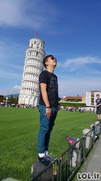 Geriausi pozuotojai prie Pizos bokšto