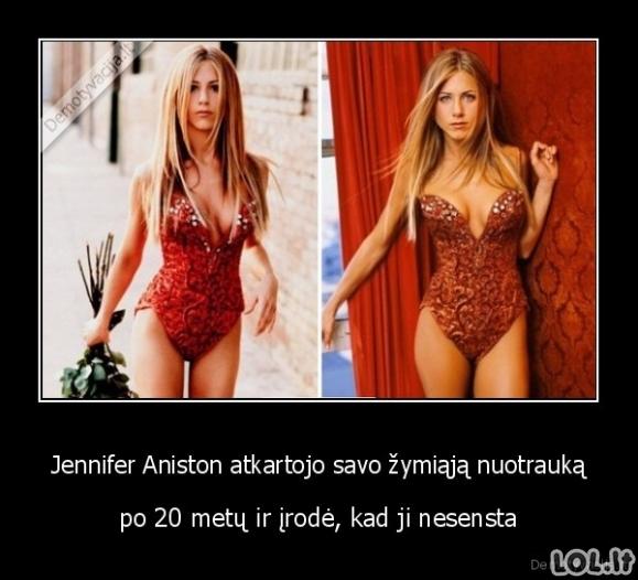 Tobula Jennifer Aniston