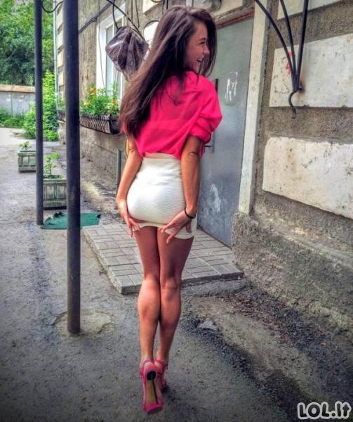 Karšti merginų užpakaliukai