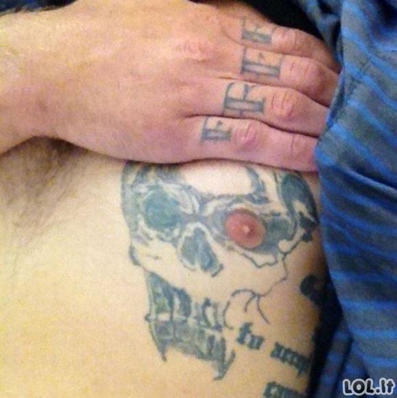 Baisiausios tatuiruotės, kokias pasidarė žmonės