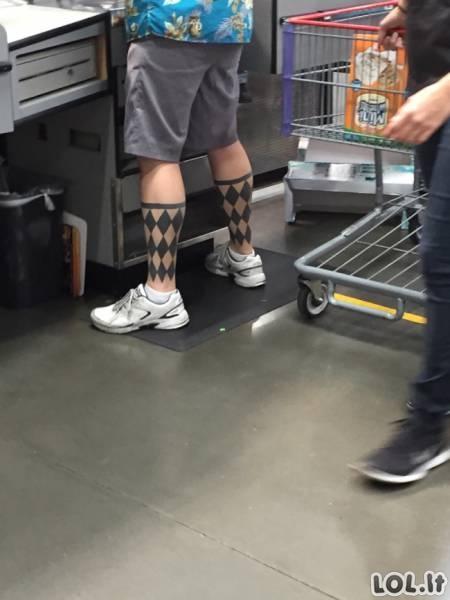 """O, Dieve, kas čia per fignia..."" tatuiruotės"