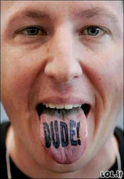 Nauja mada - liežuvio tatuiruotės