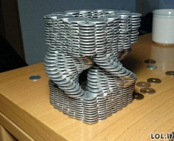 Ką veikti su krūva monetų?