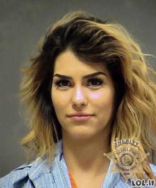 Gražiausios nusikaltėlės iš policijos suvestinių