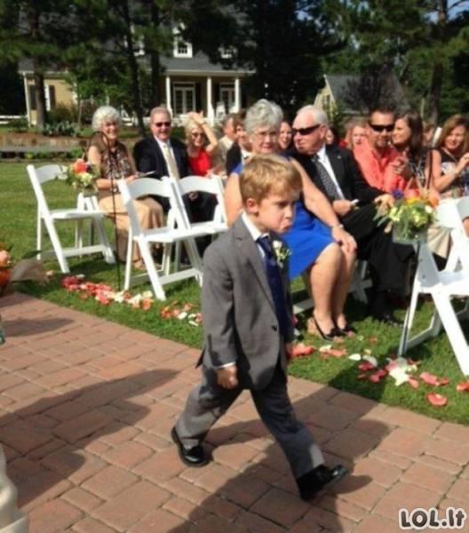 Juokingos vestuvinės nuotraukos