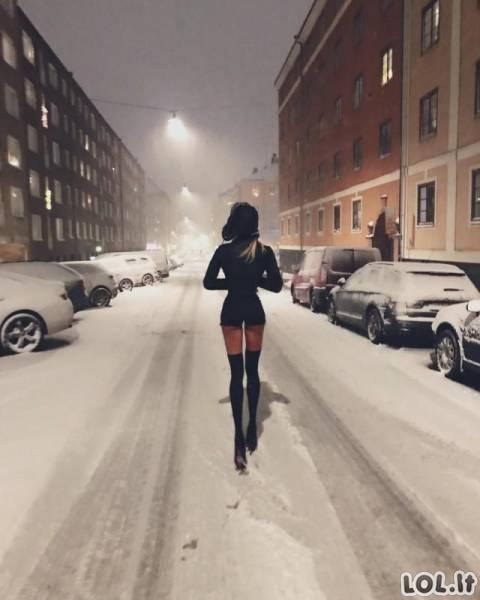 Ilgakojė manekenė iš Švedijos varo vyrus iš proto