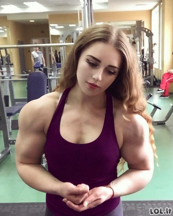 Moterys, kurios šiek tiek persistengė kočiodamos raumenį
