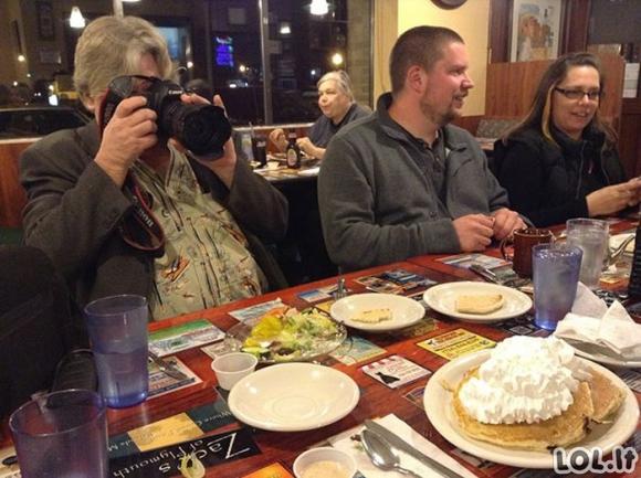 Žmonės kurie negali suvalgyti maisto, jo nenufotografavę
