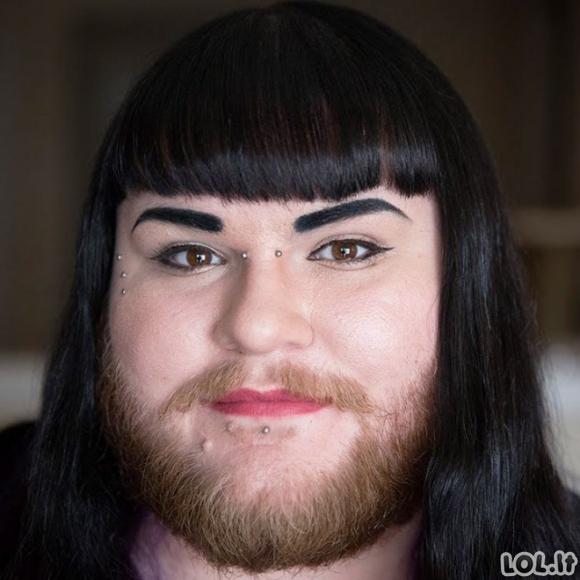 Merginos užsiaugino barzdas ir papublikavo nuotraukas socialiniuose tinkluose [GALERIJA]