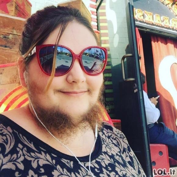 Barzdotos moterys instagrame (19 nuotraukų)