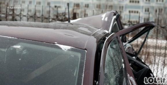 Kieti automobilių meistrai visiškai sumaitotą Škodą prikėlė naujam gyvenimui (77 nuotraukos)