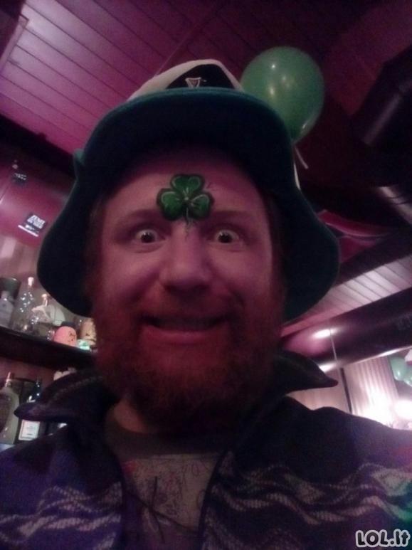Pačios kvailiausios žmonių nuotraukos socialiniuose tinkluose (23 foto)