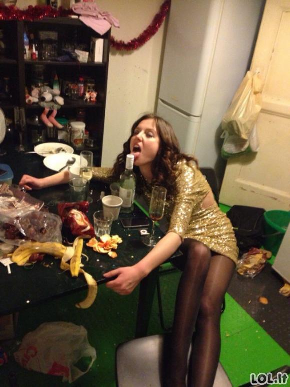Kaip vakarėlius švenčia rusai (21 nuotrauka)