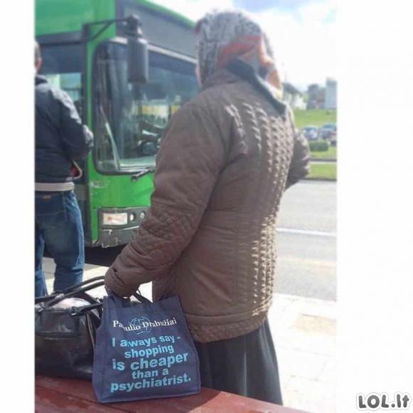 Gyvenimas, verdantis lietuvių troleibusuose [GALERIJA]