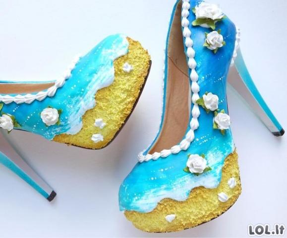 Beprotiškiausi moteriškų batų dizainai, kokius esate matę (45 nuotraukos)
