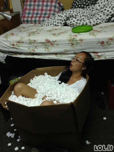 Alkoholis priverčia žmones daryti tikrai keistus dalykus (15 nuotraukų)