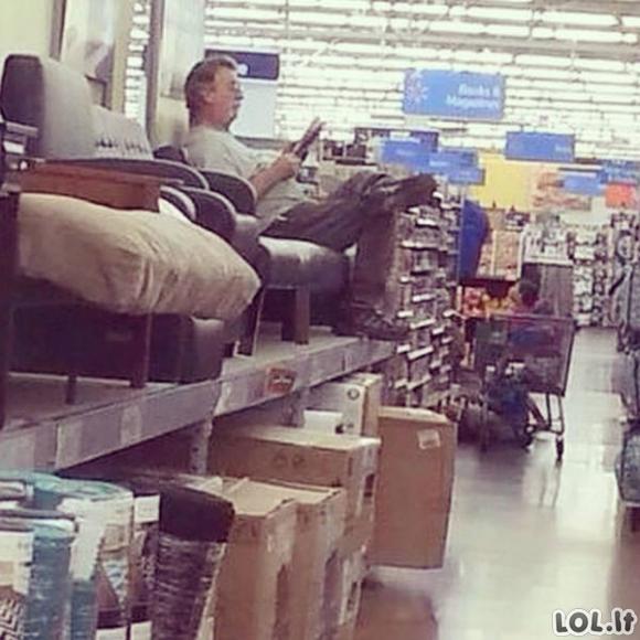 Kai dar dirbo visos parduotuvės [GALERIJA]
