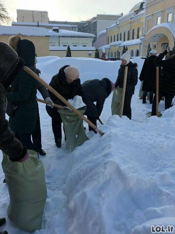 Keletas nuotraukų iš šios žiemos Rusijoje [GALERIJA]