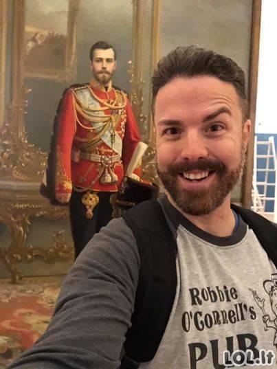 O kaip reaguotumėte Jūs, jei sutiktumėte save muziejuje? [GALERIJA]