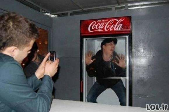 Nuotraukos, kuriose žmonės daro nepaaiškinamus dalykus [GALERIJA]