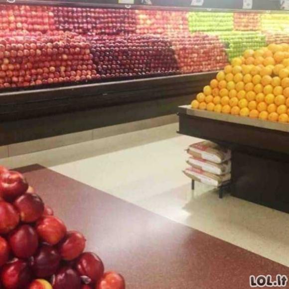 Tobulai sudėti daiktai parduotuvėje, kurie kaip mat pritraukia mūsų akis [GALERIJA]