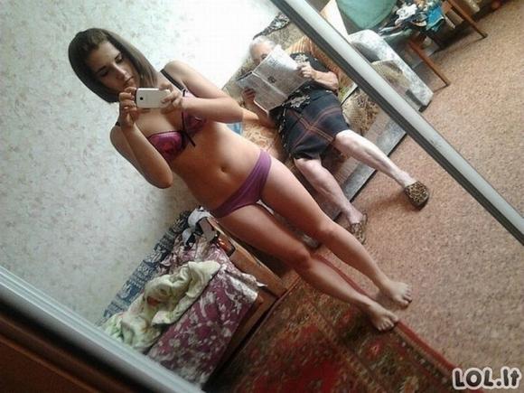 Merginų nuotraukos, kurios neturėjo atsidurti internete [GALERIJA]