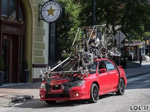 """Kaip buvo filmuojamas filmo """"Baby Driver"""" vairuotojas [GALERIJA]"""