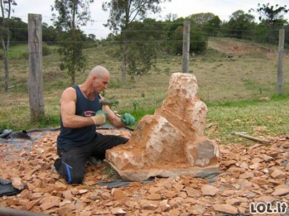 Tai, ką iš šio akmens padarė šis vaikinas, verčia išsižioti! [GALERIJA]