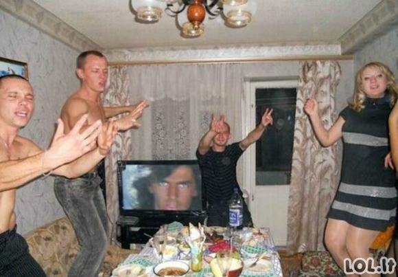 Nuotraukos iš rusų gyvenimo kasdienybės, kurias sunku suvokti sveiku protu [GALERIJA]