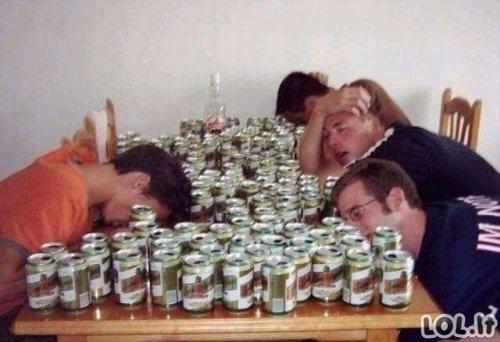 Pasėkmės, kurios pasireiškia pavartojus per daug alkoholio [GALERIJA]