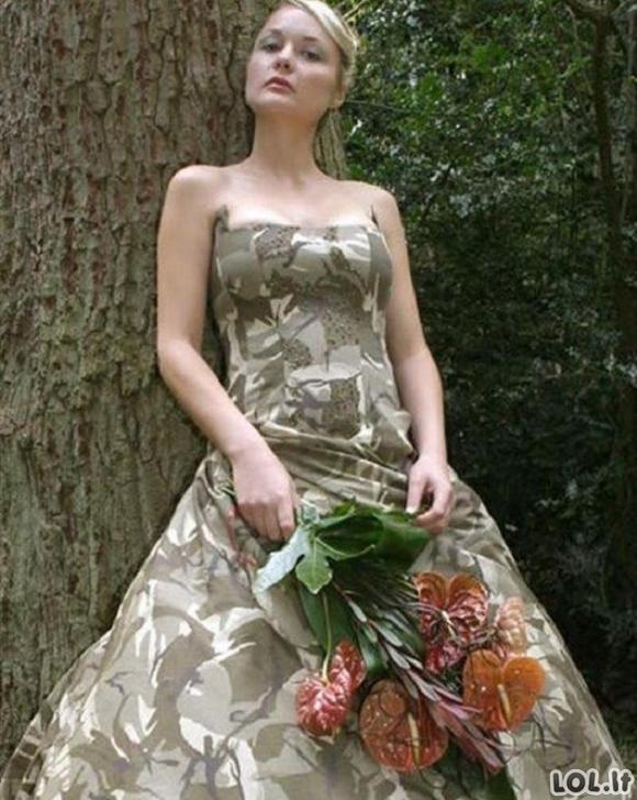 Vestuvinės suknelės gali ir šokiruoti [GALERIJA]
