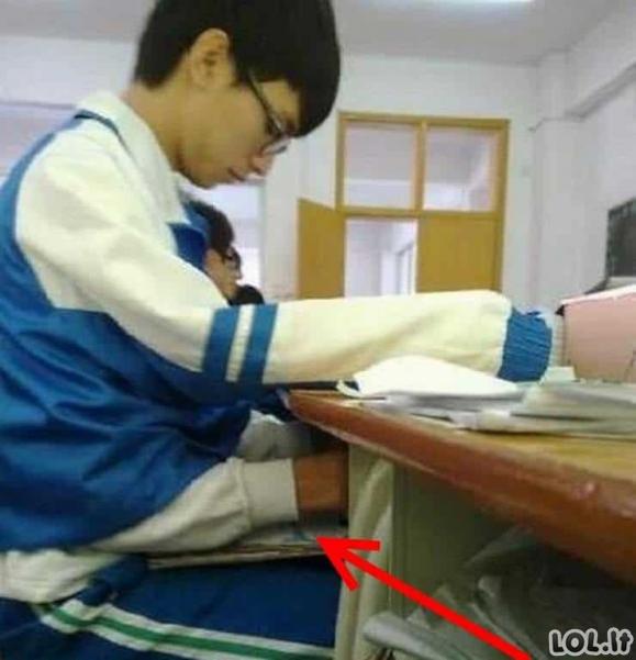 Paskaitose studentai ne visada mokosi [GALERIJA]