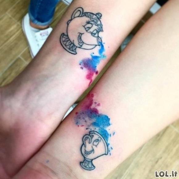 Poros darosi tatuiruotes kartu [GALERIJA]