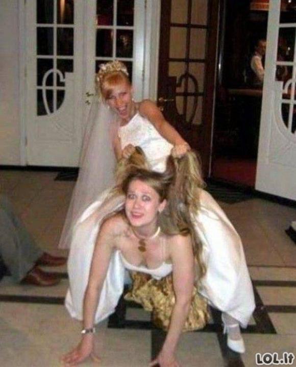 Nuotraukos iš vestuvių, kurias pamatę, griebsitės už galvos [GALERIJA]