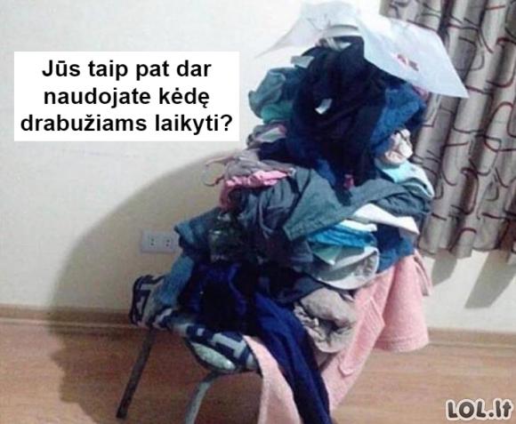 Kėdė drabužiams