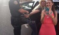 Apie blondines, kompiuteristus ir policajus