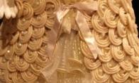 Suknelės iš prezervatyvų