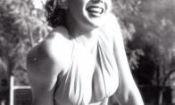Marilyn Monroe prie baseino su bikini: nežinomos nuotraukos