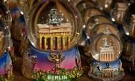 Su meile iš Berlyno