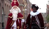 Juodas Kalėdų senelio padėjėjas
