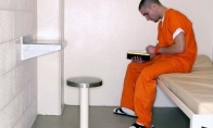 Knygų skaitymas išlaisvina iš kalėjimo