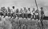 Dangoraižių statybininkai pakartojo įžymiąją fotosesiją