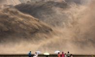 Didžiausios pasaulyje užtvankos atidarymas Kinijoje