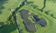 Neįprastos formos vandens telkiniai
