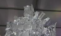 Optimus Prime iš ledo