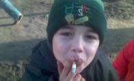 Dėde gal turit cigaretę