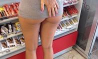 Kartą parduotuvėje...
