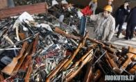 13 000 ginklų